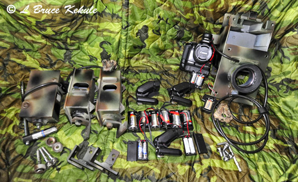 DSLR Canon 400D camera trap and wireless 270EX flashes