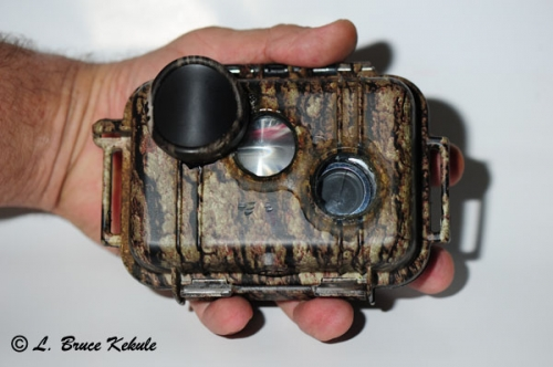 LBK 1010/S600/SS II #1 camera trap in the hand