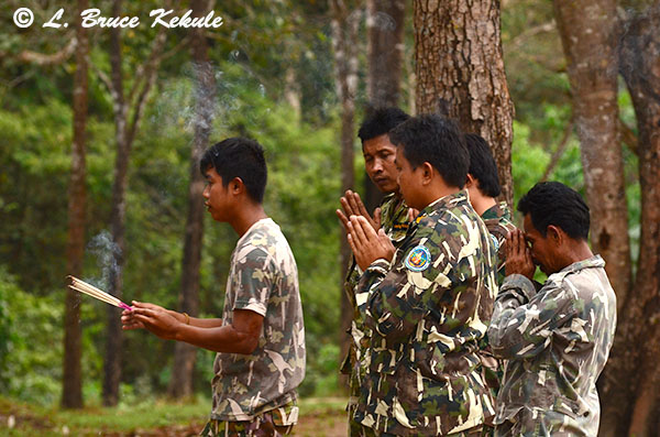 rangers-praying-to-the-spirits-of-the-forest