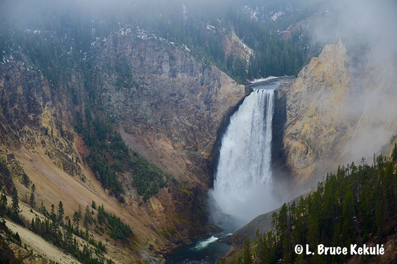 yellowstone-waterfall-web