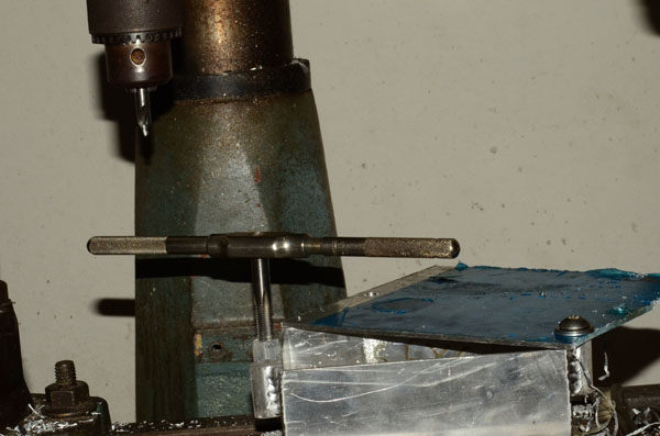 tapping-alloy-box-w
